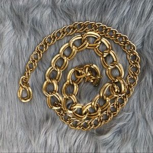 Vintage Gold toned chunky chain belt